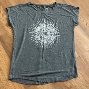 Gray Gaiam yoga shirt